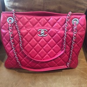 CHANEL Large Shopping Tote Accordion Zip Closure